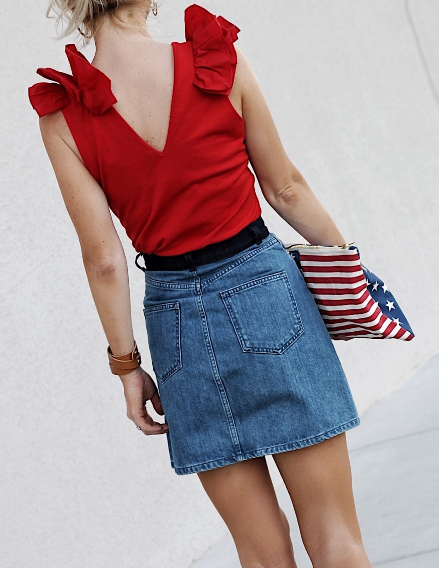 memorial day, outfit, 4th out july, july 4th, patriotic, sales, american, flag, bag, clutch, denim, skirt, ruffle, top, zara, red, top, french connection, how, to, wear, summer, style, feminine, las vegas, fashion, blogger, the nomis niche, lindsey, simon, outfit inspo, outfit ideas