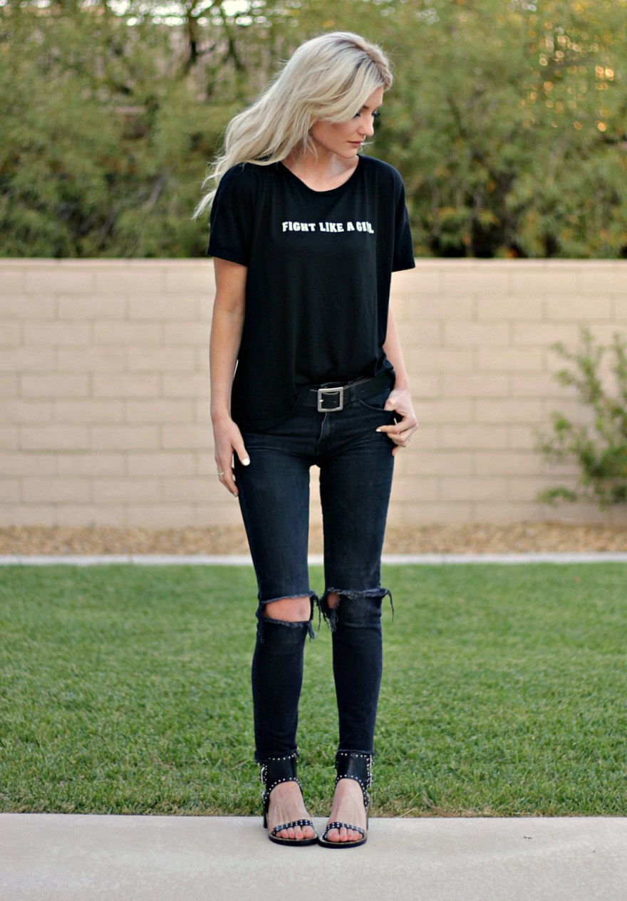 the nomis niche, collection, summer style, graphic tee, breast cancer, ovarian cancer, awareness, charity, charity clothing, all black, lindsey simon, summer style, outfit inspo, clothes that give back,