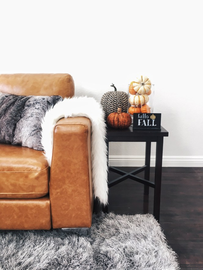 fall, home, decor, decorations, fall style, fall home, pumpkin, pumpkins, it's fall ya'll, interior design, thanksgiving, halloween, home, house,