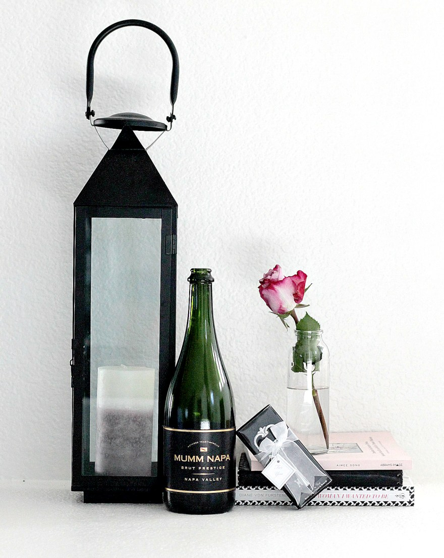 holiday party host, hostess gift , host gift, gift guide, uncommon goods, holiday party, gift ideas, crystal candles, wine and food pairings, tea towels, fashion blogger, lindsey simon, the noms niche,