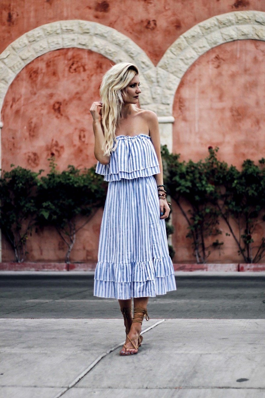 outfit roundup, 2017, 2018 style, fashion blogger, style blogger, beauty blogger, blonde hair, Las Vegas blogger, Lindsey Simon, The Nomis Niche, street style, casual style, feminine style, edgy outfit, outfit inspiration, how to wear, outfit ideas, vacation style, holiday style, summer vacation outfit, summer outfit, outfit ideas, casual outfit ideas, gladiator sandals,