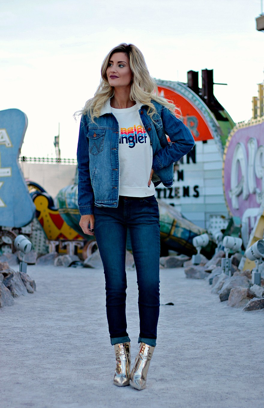 wrangler, jeans, all denim, gold booties, public desire, shearling, faux fur, jacket, neon museum, ootd, style tips, outfit ideas, outfit inspiration, cuffed denim jeans, gold boots, neon museum, Las Vegas, the neon boneyard, Vegas, blogger, fashion, style, blonde hair, blonde melt, the nomis niche, Lindsey Simon, denim jacket,