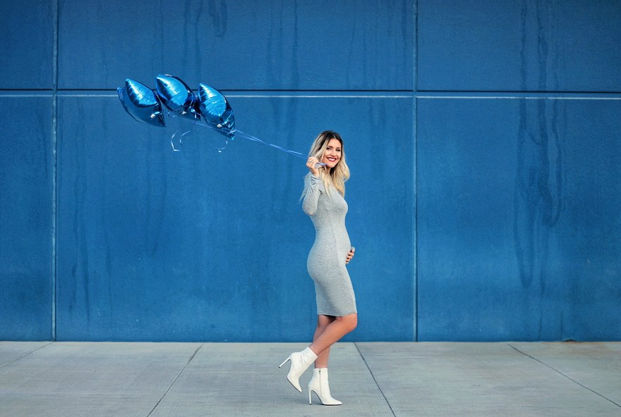 maternity, pregnancy, maternity style, maternity fashion, gender reveal, baby boy, pregnancy announcement pregnancy style, Las Vegas, fashion blogger, style, street style, spring style, spring fashion, 2018 gender reveal, gender announcement, it's a boy, white booties, gray dress, body con dress, blogger maternity style, the nomis niche, Lindsey Simon, Gurk,