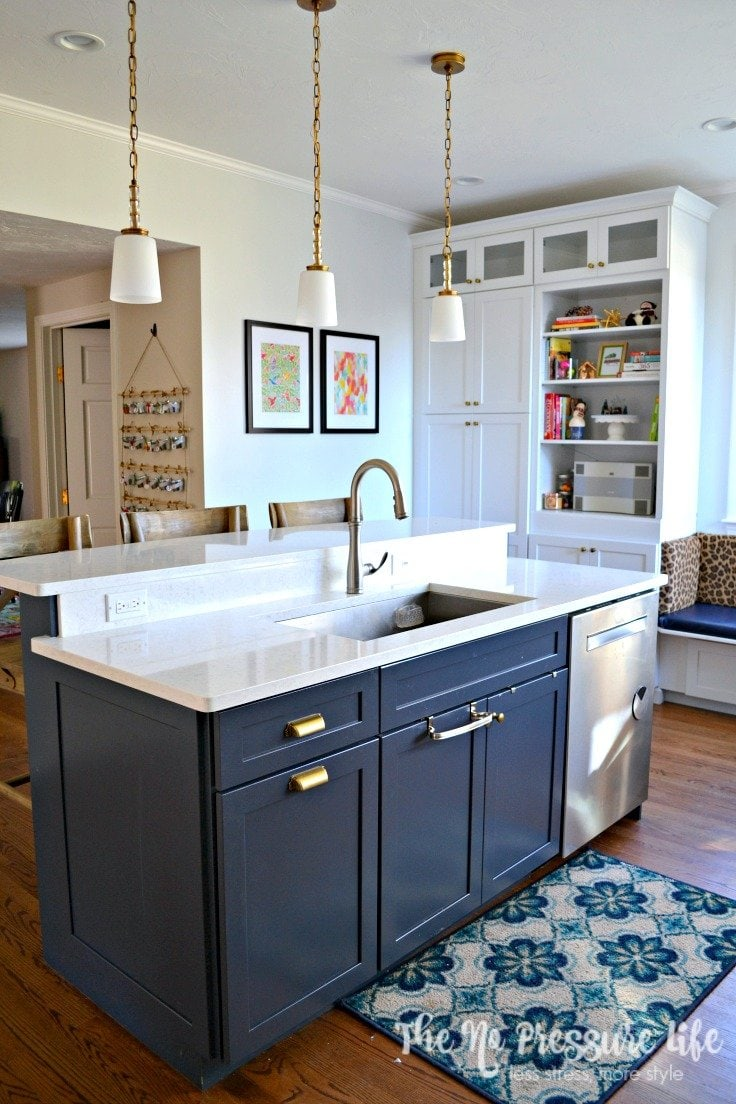 Love this navy blue island! Get great kitchen renovation tips to create your dream kitchen! | The No Pressure Life
