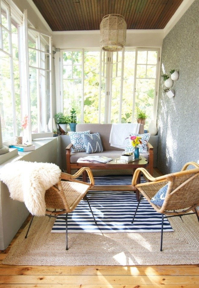 Small Porch Decorating Ideas 7 Easy And Budget Friendly