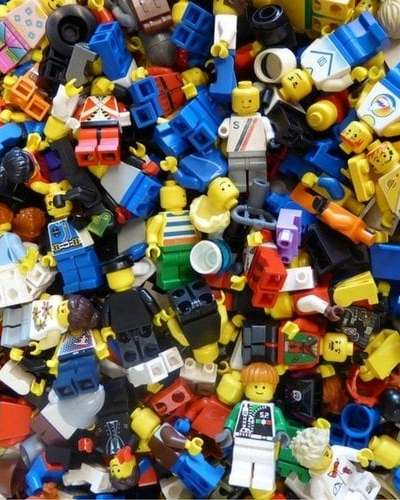 Does Lego storage and organization drive you crazy?? Learn how to organize Legos the easy way. Why didn't I think of this sooner? | The No Pressure Life