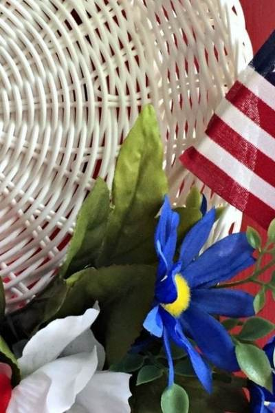 How to Make a 4th of July wreath