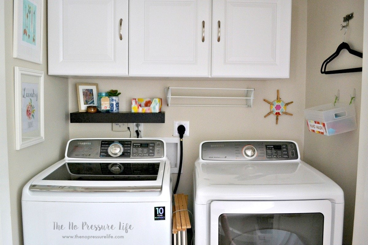 $0 small laundry room makeover!