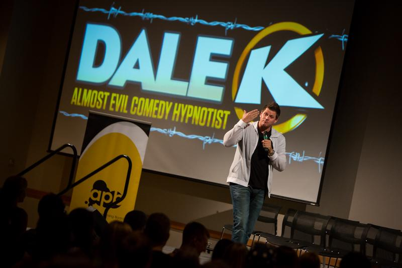 Dale+K+returned+to+Victor+Fest+bringing+his+hypnotist+act+to+the+stage.+Student%27s+filled+the+SU+ballroom+to+witness+the+show+Tuesday+night.+