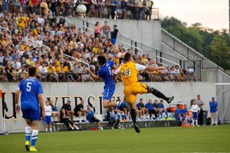 Mens soccer team draws against UK, shatters attendance record