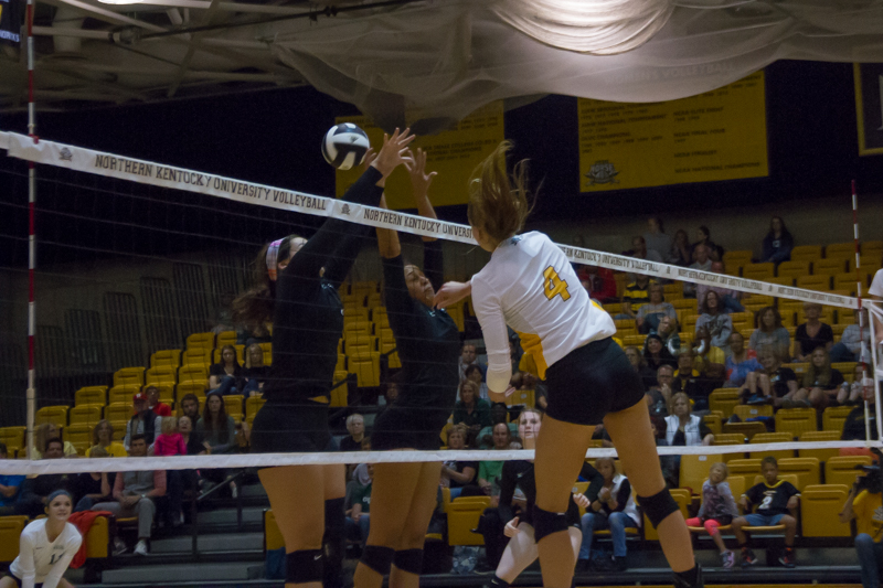 Haley+Libs+hits+a+ball+past+Cleveland+State+to+record+a+kill.+She+had+11+kills+and+14+digs+in+the+loss.