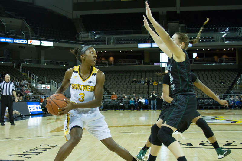 Rebecca Lyttle looks to get around a Wright State defender. The Norse lost to Wright State.