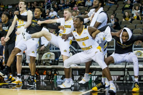 Norse slightly miss NCAA tourney