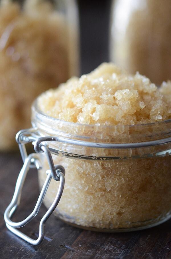 Easy DIY Coconut Sugar Scrub! via www.thenovicechefblog.com