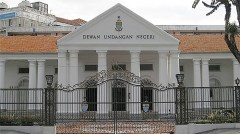Penang State Assembly bulding (wiki commons)