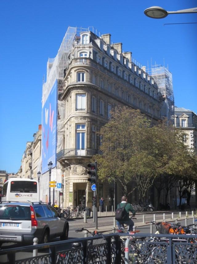 Beautiful Hôtel Gobineau, now the head office of the Bordeaux Wine Council.