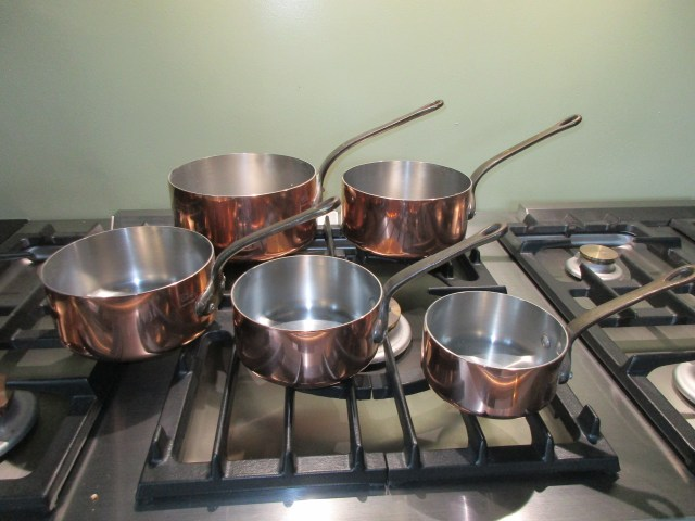 And I found these AWESOME, hardly-even-been-used, copper pot set for €60!!!!