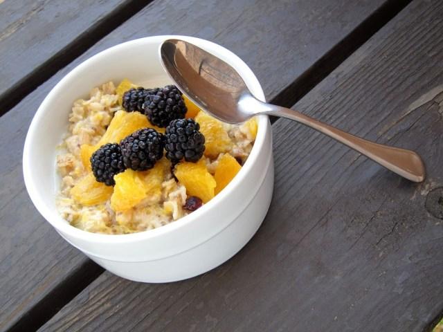 orange-blackberry-oatmeal-003