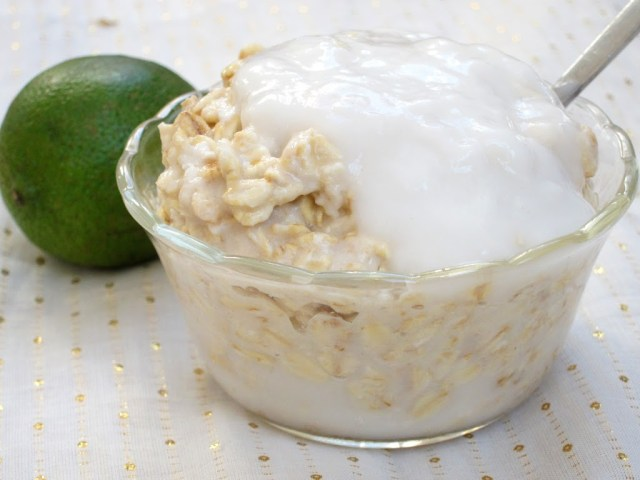 key-lime-pie-oatmeal-25282-2529