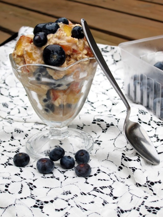 peach-blueberry-overnight-oatmeal-5-