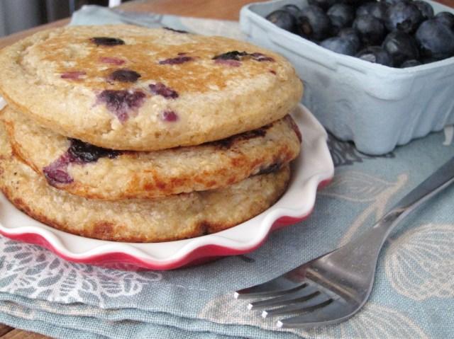 Lemon Blueberry Oatcakes by The Oatmeal Artist #vegan