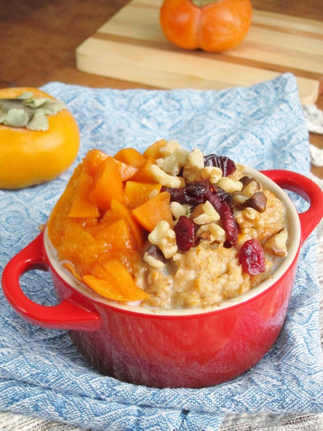 Spiced Persimmon Oatmeal #vegan