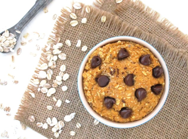 Sweet Potato Chocolate Chip Baked Oatmeal #vegan #oatmealartist