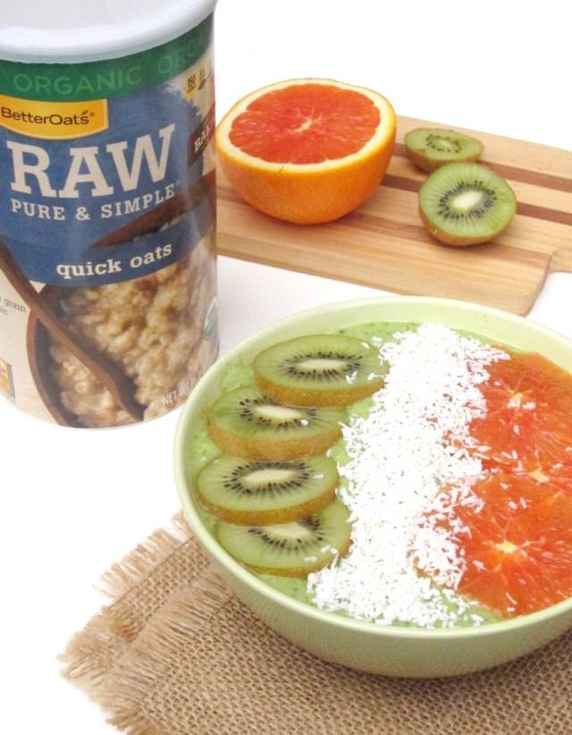 Irish Tricolor Oatmeal Smoothie Bowl #vegan #OatmealArtist
