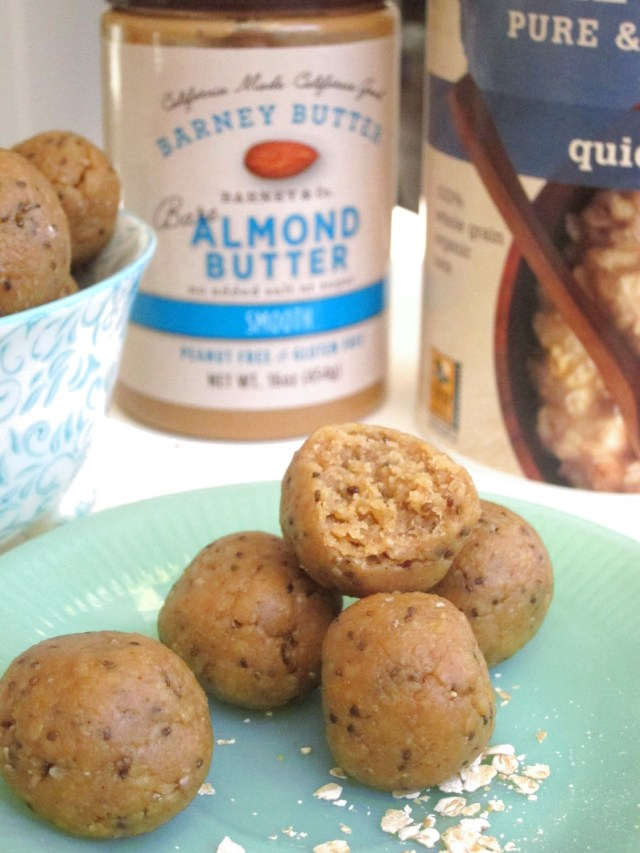 Apricot Almond Butter Bites #OatmealArtist #Vegan