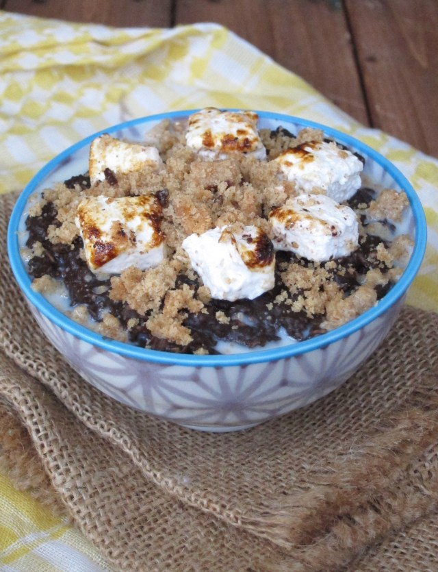 S'mores Oatmeal by the Oatmeal Artist #vegan