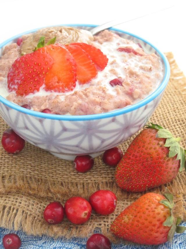 cran-strawberry-oatmeal-2