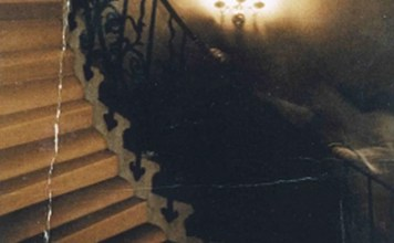 10 Most Famous Ghost Pictures Ever Taken and The Stories Behind Them