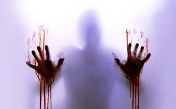 9 Spine-Chilling 'Bloody Mary' Stories From People Foolish Enough To Play