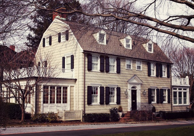 10 American Murder Houses and the Spirits that Reside Within them