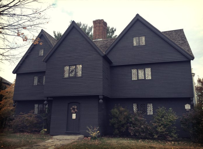 A Witch's Tale: 7 Spooky Ghost Stories from Salem, Massachusetts