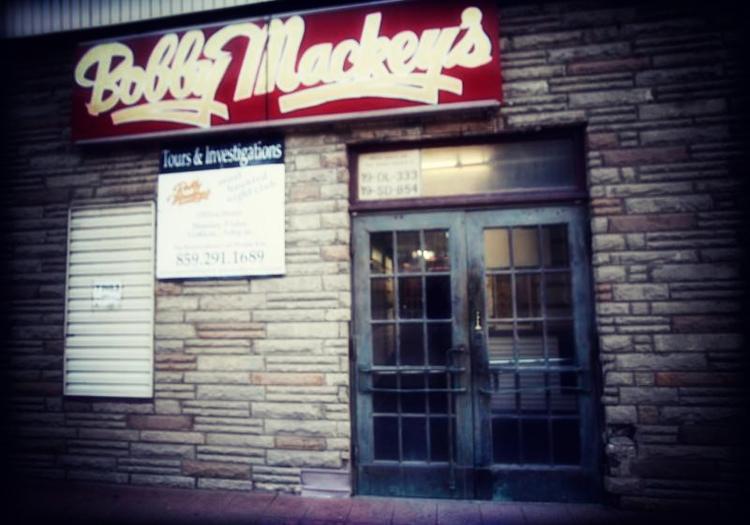 Le monde de la musique de Bobby Mackey: le Honky-Tonk le plus hanté d'Amérique