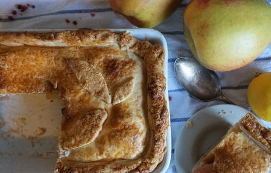 Easy Apple Pie Recipe – Apple Pie with Pink Peppercorns