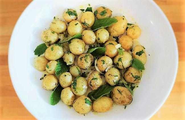 Greek Potato Salad – how to make potato salad Greek style!