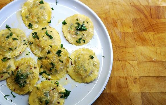 Homemade Ravioli with Halloumi   Raviolies Kypros
