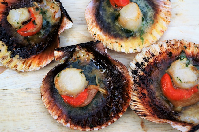 Grilled scallops in garlic butter | BBQ Scallops