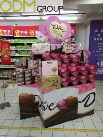 Custom Made POS Display - Dove Promotion
