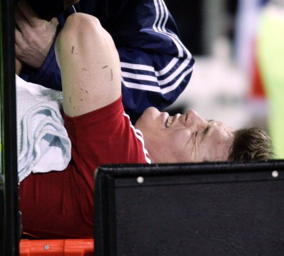 CAPTION: LIONS CAPTAIN BRIAN O'DRISCOLL LIES IN AGONY AFTER DISLOCATIONG HIS SHOULDER AS HE IS CARRIED OFF THE FIELD ON THE MOBILE STRETCHER NEW ZEALAND V BRITISH & IRISH LIONS, 1ST TEST, JADE STADIUM, CHRISTCHURCH, NEW ZEALAND, SATURDAY 25TH JUNE 2005