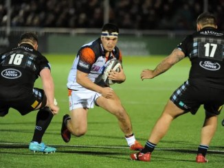 Stuart McInally on the attack for Edinburgh against Glasgow.