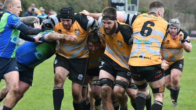 Ayrshire Bulls forwards Gordon Reid, Lars Morrice and George Bordill on the rampage against Boroughmuir Bulls. Image: George McMillan