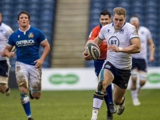 Duhan van der Merwe on his way to scoring his second try. Image: © Craig Watson - www.craigwatson.co.uk