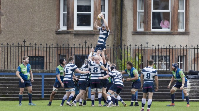 Callum Marshall claims line-out possession for Heriot's versus Boroughmuir Bears at Goldenacre. Image: Scottish Rugby / Ross Brownlee / SNS Group