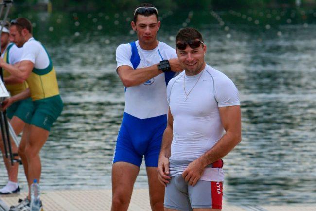 grosses bite de nageurs -paquet de sportifs