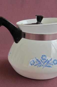 Corning Ware 3 Cup Teapot Cornflower Blue Vintage Small Individual Black Lid
