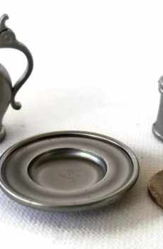Vintage Pewter Tankard Pitcher Plate Charger Colonial Style Dollhouse Miniature 1:12 Scale