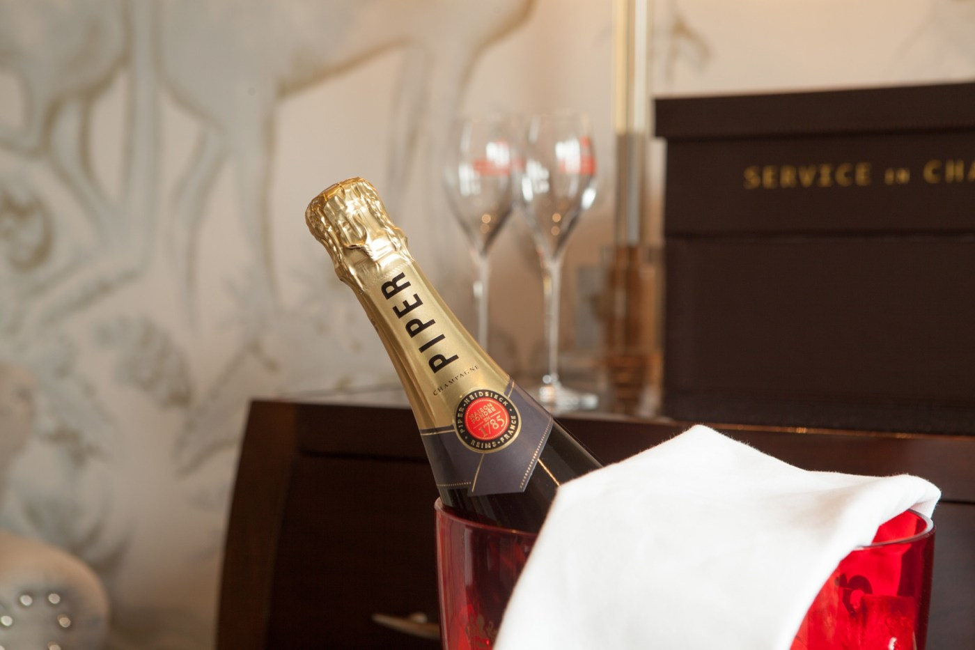 celebrate in a luxury four poster suite